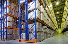Требования к стеллажам в складских помещениях